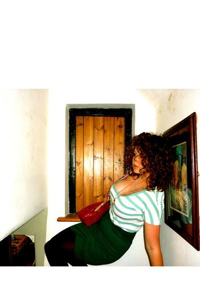 American Apparel skirt - Gap t-shirt - vintage accessories