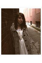 white Old Navy dress - black vintage coat