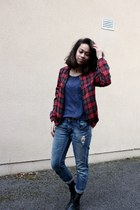 ruby red plaid Zara jacket - black H&M boots - blue boyfriend Zara jeans