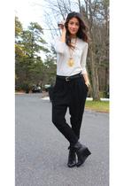 black Zara pants - black Forever 21 shoes - beige Zara sweater - gold Bebe neckl