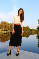 black Forever 21 shoes - black Zara skirt - beige Zara top