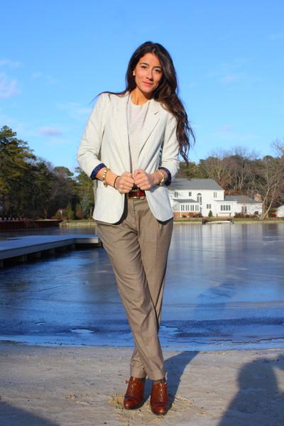 b824d88e0b2d beige Zara pants - brown stuart weitzman shoes - beige Urban Outfitters  blazer -