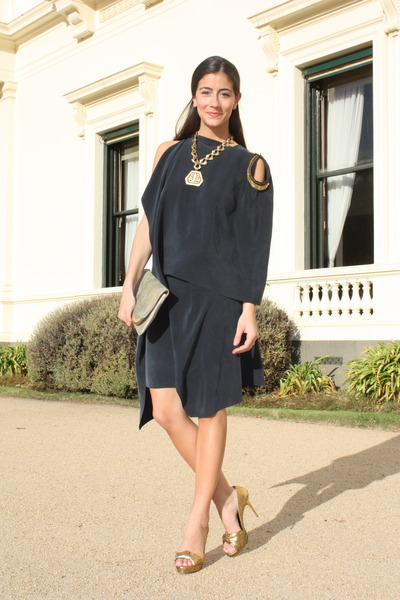 gold lia sophia necklace - gold Bruno Frisoni shoes - gray VANESSA BRUNO dress