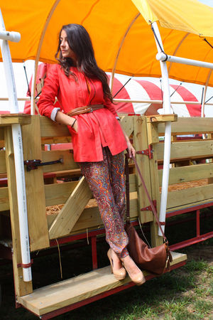 red banana republic jacket - beige Aldo shoes - brown purse