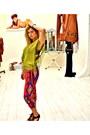 Silke-elkke-blouse-zara-pants-bershka-wedges