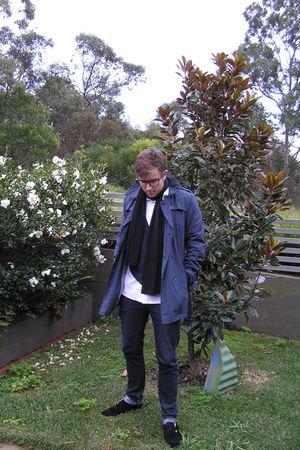 Marcs coat - zu shoes - Altear scarf