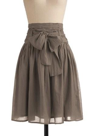 off white modcloth skirt