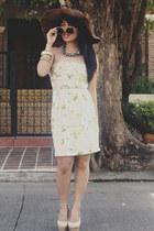eggshell floral Forever 21 dress - beige People are People heels