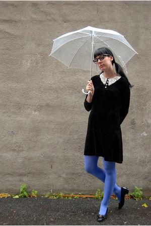 black vintage dress - black vintage Ferragamoes shoes - HUE tights - Forever 21