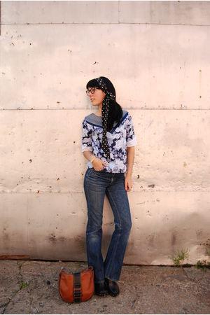 black and white silk polka dots scarf - supayana blouse - Levis jeans - Aldo sho