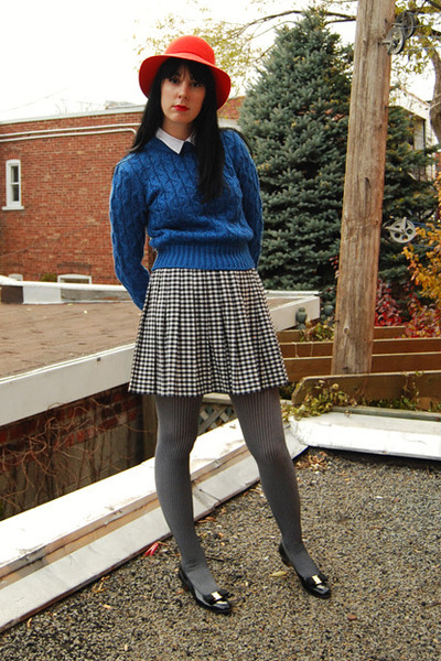 vintage sweater - Citizen Vintage hat - Urban Outfitters tights - vintage skirt