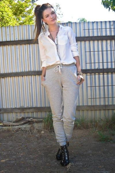 gray Topshop pants - black zu shoes - white Dont Ask Amanda shirt