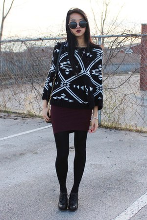 black Jeffrey Campbell boots - black sweater - black tory burch bag