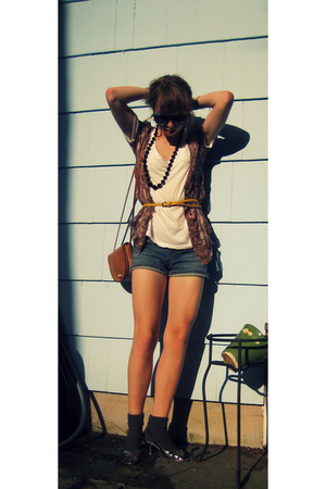 Urban Outfitters blouse - Forever21 belt - Forever21 shirt - delias shorts - Nin