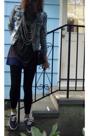 H&M jacket - Primark leggings - Urban Outfitters shoes - Primark purse - H&M nec