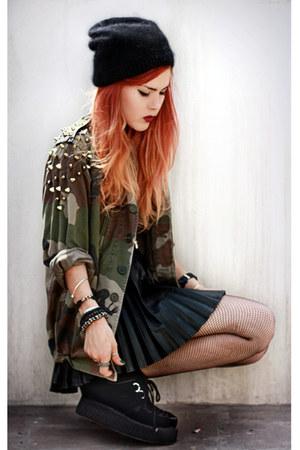 black romwe shoes - black Choies skirt