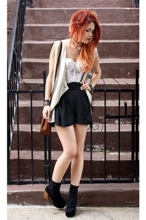 black VJ-style shoes - eggshell vintage bra