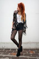 black romwe cape - navy OMENEYE shorts - cream Dag top