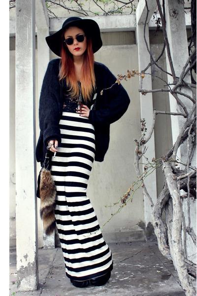 black Dag dress - black Forever 21 hat - black vintage sweater