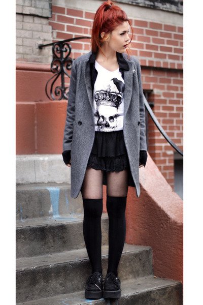 Harris Reed t-shirt - romwe shoes - gray Sheinside coat - Chicwish skirt