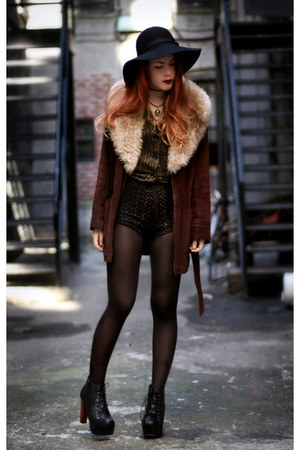 crimson Tunnel Vision coat - VJ-style shoes - black Market HQ shorts
