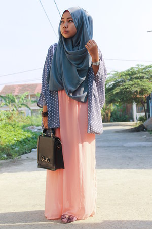 unbranded dress - chiffon KIVITZ scarf - black fLadeo bag