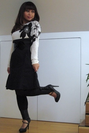 Limited sweater - Gap skirt - kohls tights - shoes - Jasmine Sola belt