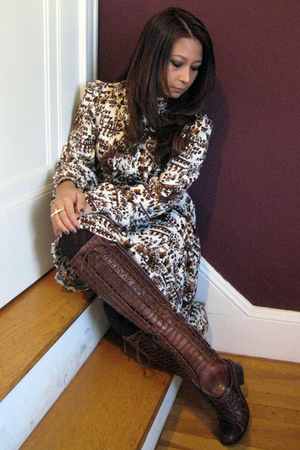 H&M dress - brown Target tights - white Forever 21 - brown Pour La Victoire boot