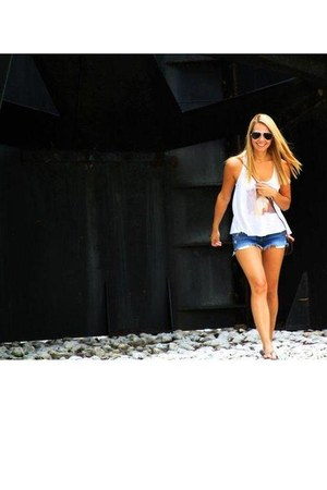 blue hollister shorts - white Pac Sun top