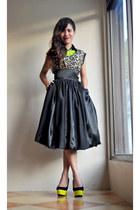 skirt - leopard print top - neon and black heels
