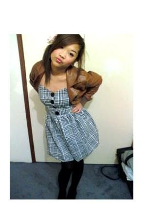 Hipster jacket - dress - stockings - bardot