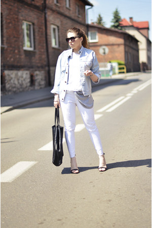 white Zara jeans - blue Levis jacket