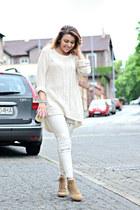 white Zara jeans - beige suede boots vagabond boots - white Zara sweater