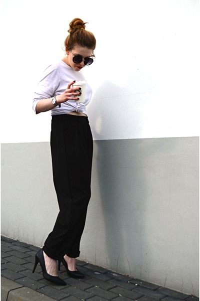 black slouchy Front Row Shop pants - black asos sunglasses