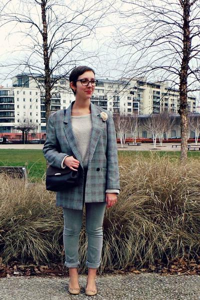 heather gray vintage jacket - heather gray H&M jeans - dark brown vintage bag