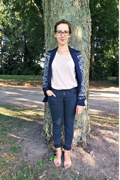 navy Zara blazer - navy H&M jeans - light pink Pimkie t-shirt
