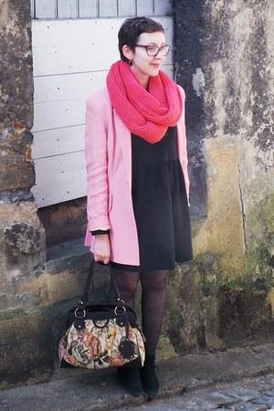 pink Moschino blazer - gray Zara dress - hot pink Naf Naf scarf