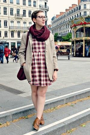 crimson Pimkie scarf - brown andré boots - crimson Boohoo dress