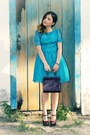 Crimson-bag-sky-blue-dress-crimson-pumps