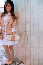 tan Zerozzen blazer - eggshell Arezzo bag - white seamstress skirt