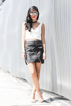 black faux leather UNIF skirt - white jacquard top Zara top - Zara heels