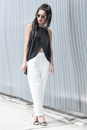 Shakuhachi top - Stella McCartney sunglasses - daily look panties