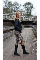 leopard print Bluemarine skirt - leather jacket Vtg jacket