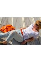 light blue denim ambercrombie jeans - carrot orange leather unknown brand bag
