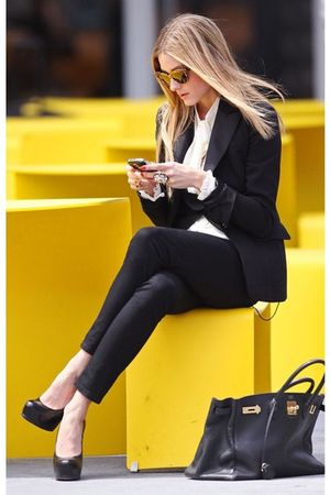 black blazer - white blouse - black jeans - black shoes - black bag - accessorie