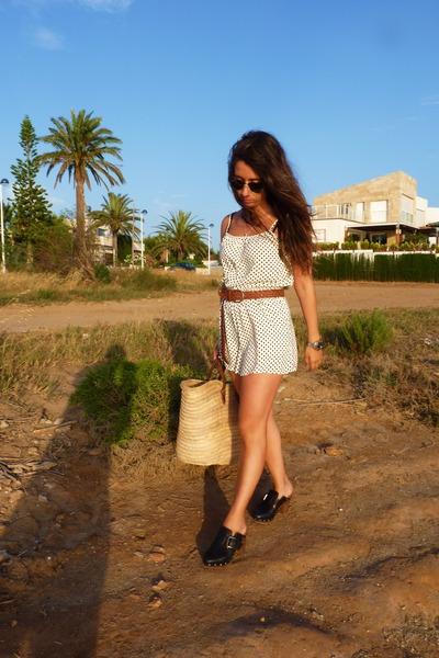 H&M suit - H&M belt - Zara shoes
