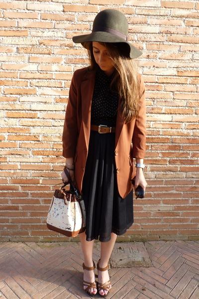 H&M shoes - BLANCO blazer - H&M blouse - Zara skirt