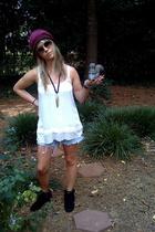 hat - Urban blouse - Levis skirt - Minnetonka shoes