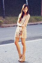 eyelet vintage dress - nude urban og wedges - cheetah random belt