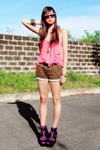 brown printed leopard shorts - burnt orange necklace Yhansy accessories - black